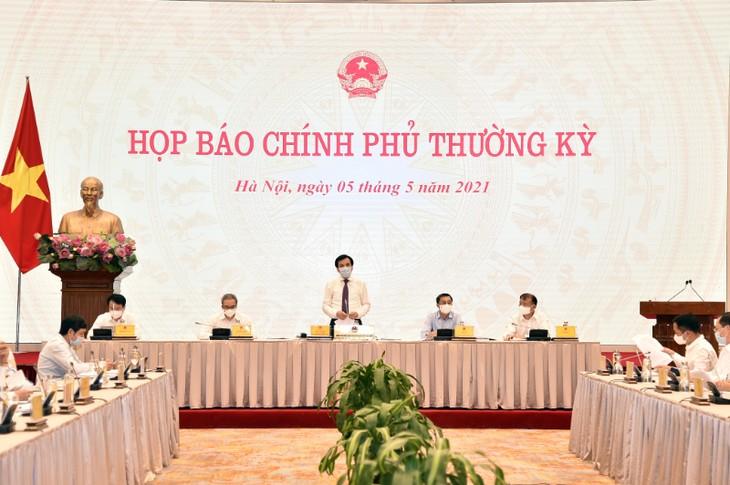 越南将审查每一名入境工作的外国专家 - ảnh 1