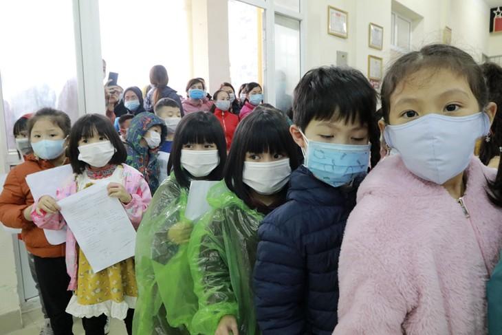 在新冠肺炎疫情期间重视照顾和保护儿童 - ảnh 2