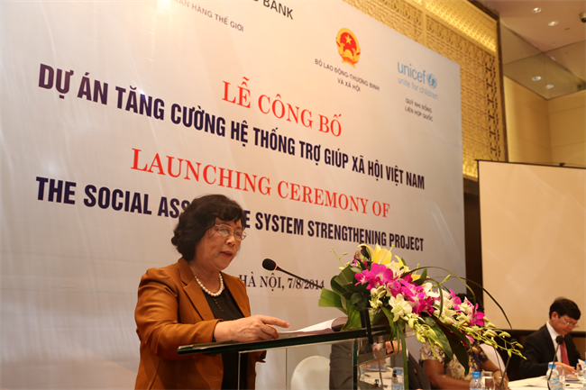 Social welfare support project begins in 4 provinces - ảnh 1