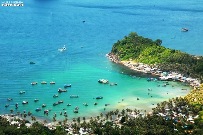 Ideal beaches and bays to travel in March - ảnh 13