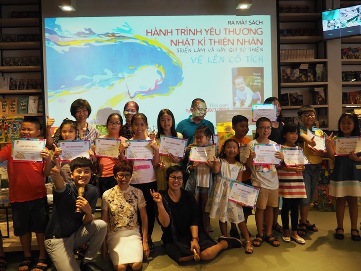 "Thien Nhan's ""Drawing a fairy tale"" program - ảnh 1"