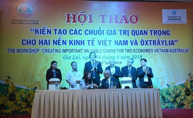Vietnam, Australia enhance economic cooperation - ảnh 1