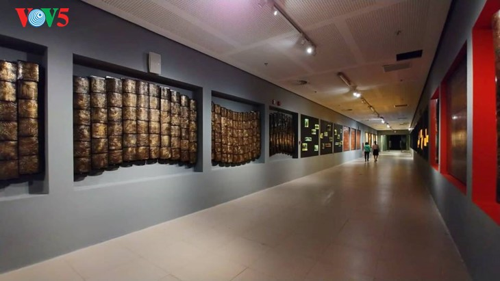 Contemporary art space at the National Assembly House - ảnh 3