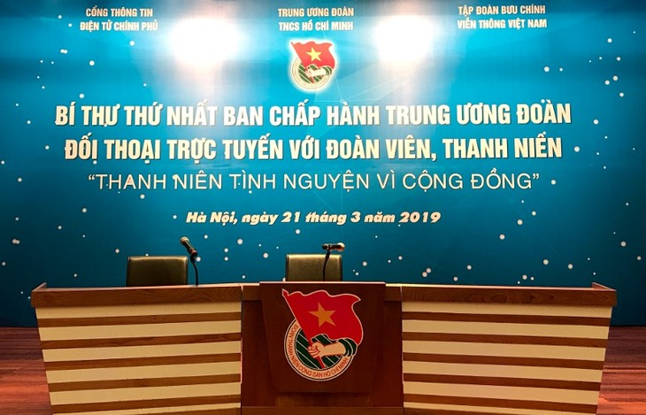 """Online dialogue on """"Youth Volunteers for Community Development"""" - ảnh 1"""