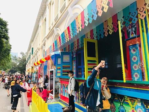 Singapore Festival 2019 opens in Hanoi downtown - ảnh 1