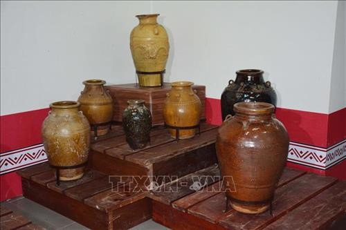 Che jars in the Ede's life  - ảnh 1