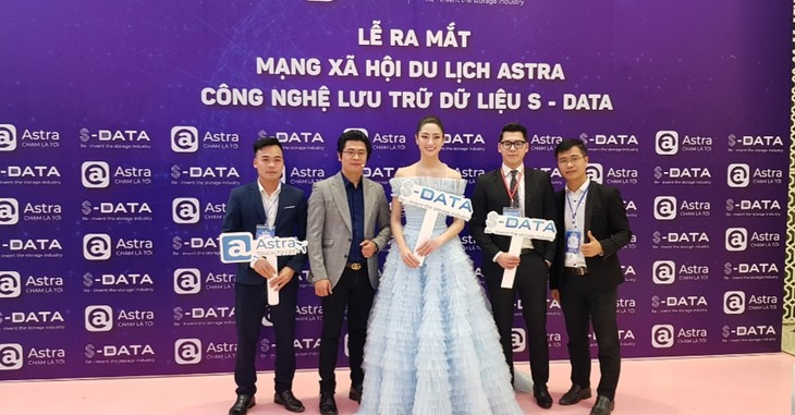 Made-in-Vietnam social network connects global travel lovers - ảnh 2