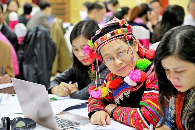 Gender issues to be integrated into sustainable development program for ethnic minority - ảnh 1