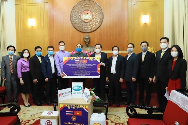 80 million USD donated to COVID-19 fight in Vietnam - ảnh 1