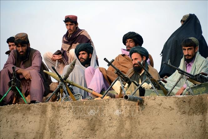 Taliban respects Afghan peace deal with the US - ảnh 1