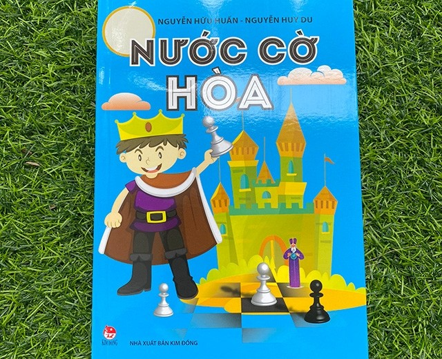 """""""Nước cờ hòa"""" (The draw move), chess book for children to be released on International Children's Day - ảnh 1"""