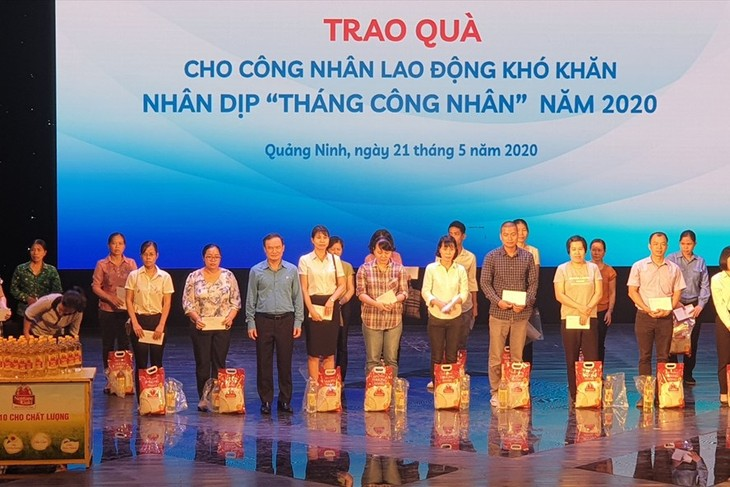 Workers' Month: Trade Union takes care of workers - ảnh 1