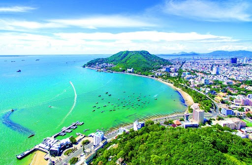 Southeastern provinces promote inter-regional tourism - ảnh 1