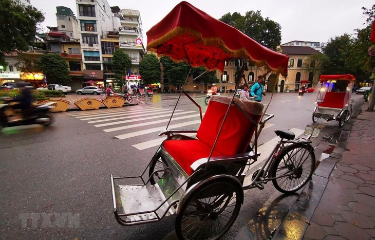 More than 30 tourist destinations and hotels in Hanoi join promotional programs  - ảnh 1