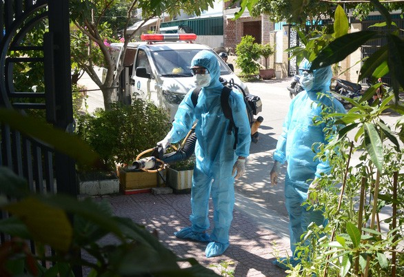 Tough punishment for illegal exit or entry during pandemic - ảnh 1
