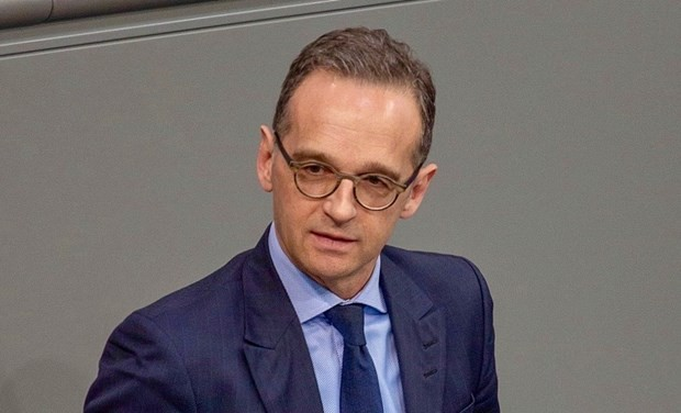 Germany suspends extradition treaty with Hong Kong, China - ảnh 1