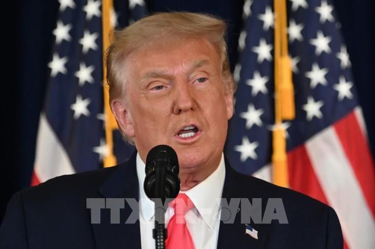 Trump considers ban on China's Alibaba - ảnh 1