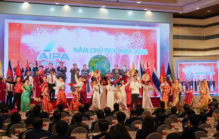 Vietnam pledges enhanced effort as AIPA Chair 2020 - ảnh 2