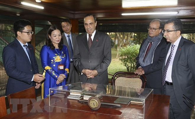 Photo exhibition marks 60 years of Vietnam – Morocco diplomatic ties - ảnh 1