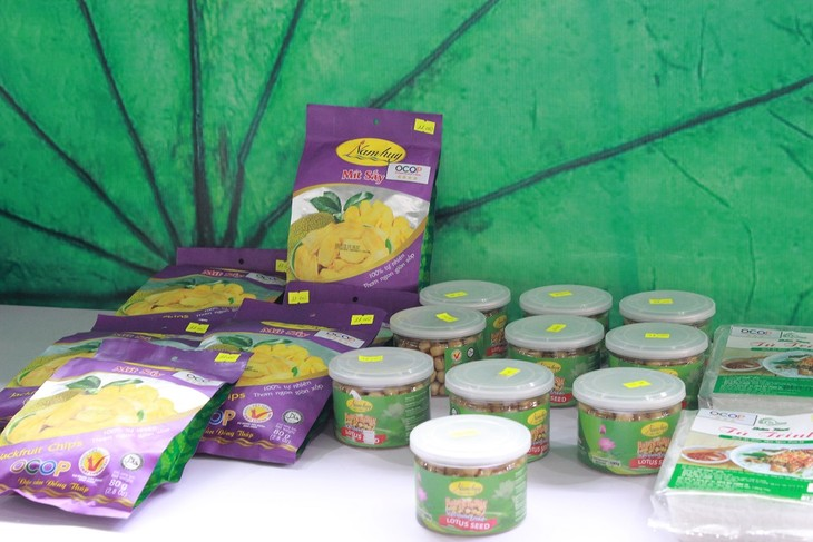 Mekong Delta provinces boost branding of OCOP products - ảnh 1