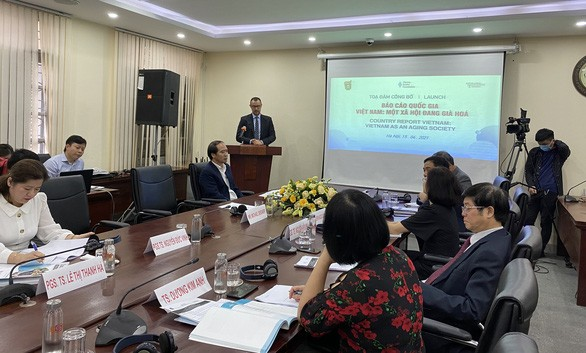 Solutions to aging population problem in Vietnam introduced - ảnh 1
