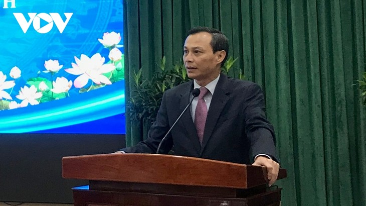 50 collectives, individuals honoured for contributions to Overseas Vietnamese affairs - ảnh 1