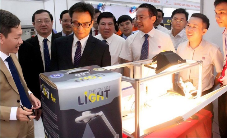 DuCapital Holding and Smart Light 4.0 - ảnh 3