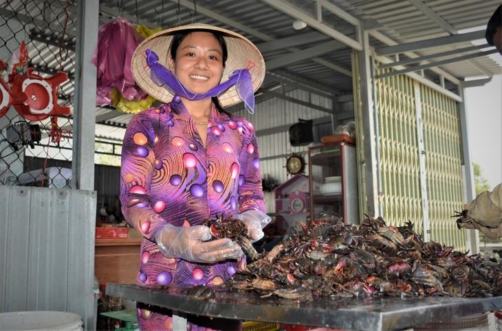 Ba khia salted crab, intangible cultural heritage of Ca Mau people - ảnh 1