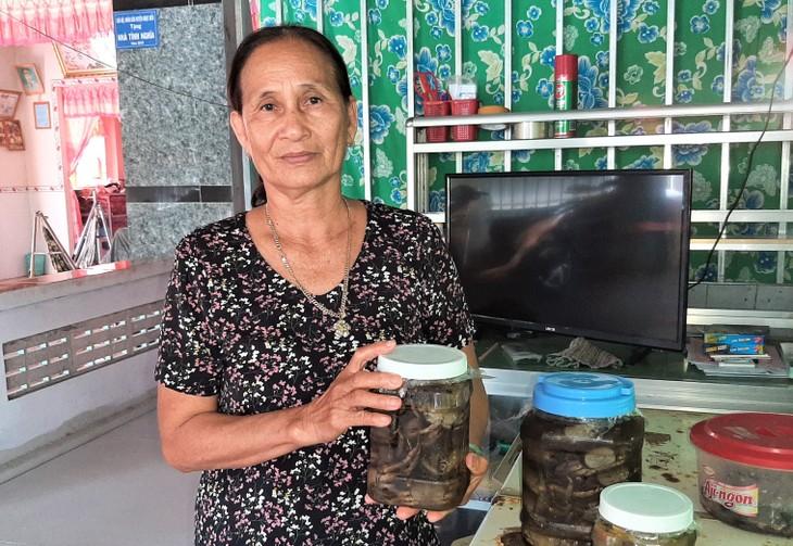 Ba khia salted crab, intangible cultural heritage of Ca Mau people - ảnh 2