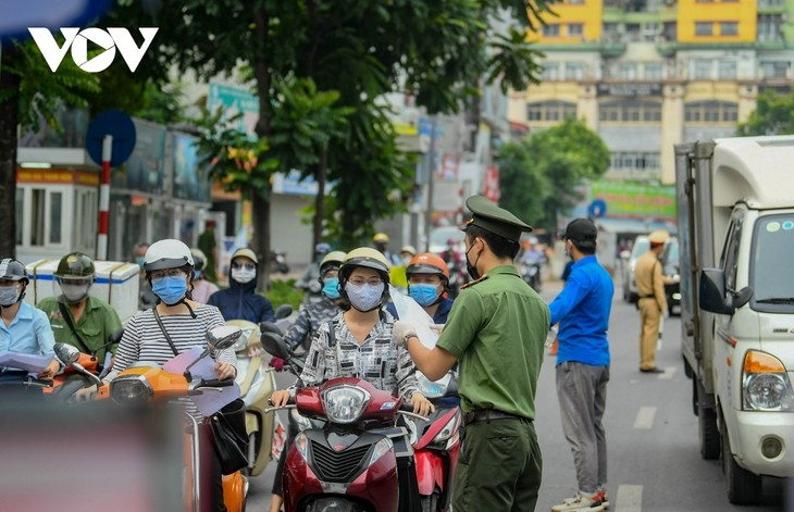 Pandemic prevention measures adjusted to suit reality - ảnh 1