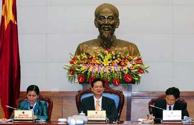Le Premier Ministre travaille avec la CGT et l'Union des femmes vietnamiennes - ảnh 2