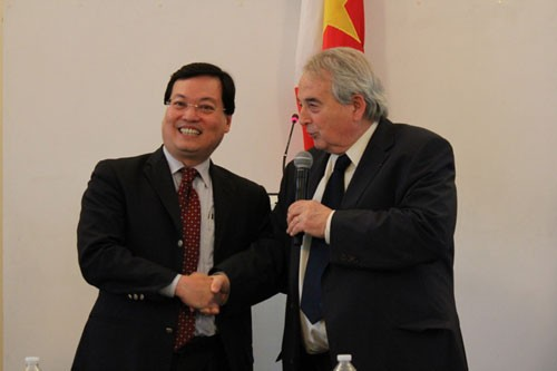 Journée des associations de solidarité avec le Vietnam  - ảnh 1