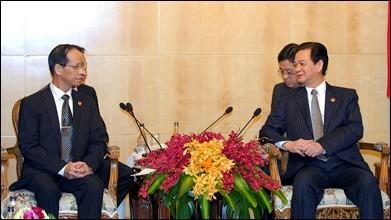 Journée chargée du PM Nguyen Tan Dung au Laos - ảnh 3