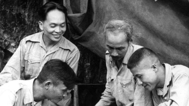 Le général Vo Nguyen Giap dans le coeur des Vietnamiens - ảnh 2