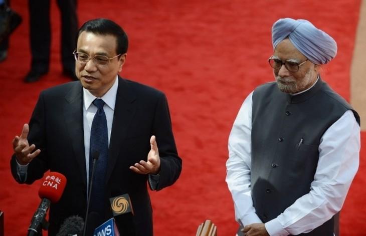 Le Premier Ministre indien visite la Chine - ảnh 1