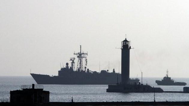 JO de Sotchi : l'un des deux navires américains envoyés en mer Noire s'est échoué - ảnh 1