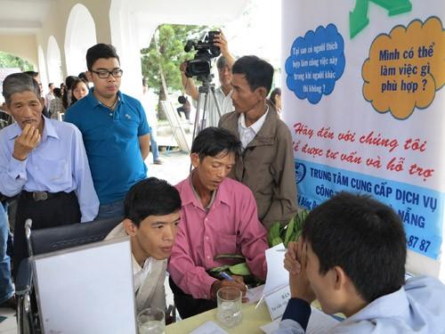 La journée vietnamienne des handicapés célébrée en grande pompe - ảnh 1