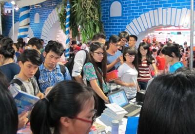 La journée des livres du Vietnam : l'occasion d'encourager le peuple à la lecture - ảnh 1