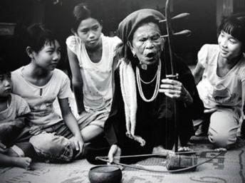 Le hat xam et les chanteurs de rue  - ảnh 4