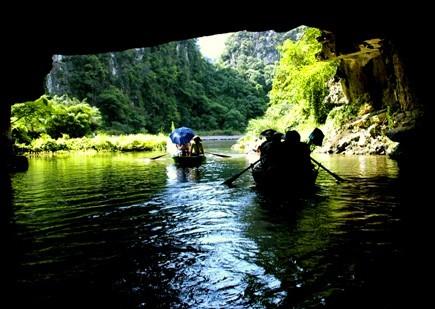 Le site écologique de Trang An, une destination idéale - ảnh 2