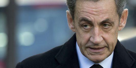 Nicolas Sarkozy élu président de l'UMP - ảnh 1
