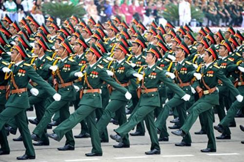 Plan de commémoration des 70 ans de l'armée - ảnh 1