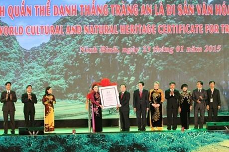 Ninh Binh reçoit le certificat de l'UNESCO honorant Trang An - ảnh 1