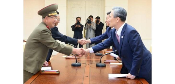 Les deux Corées baissent le niveau de l'état d'alerte à la frontière - ảnh 1