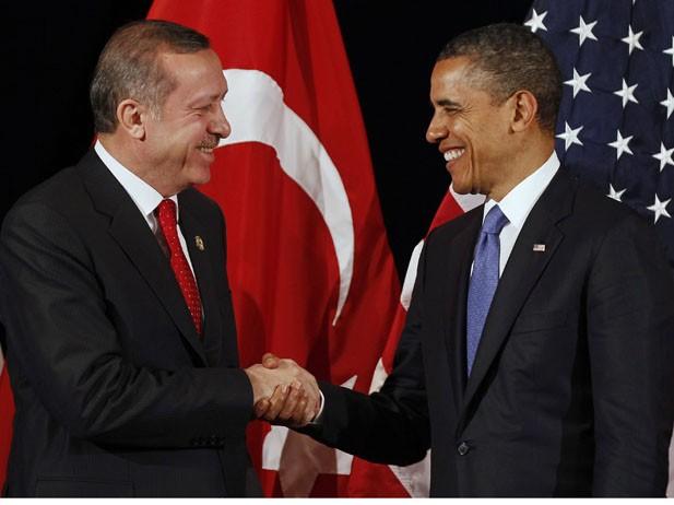 Les Etats-Unis et la Turquie s'engagent à renforcer la lutte contre l'Etat islamique - ảnh 1