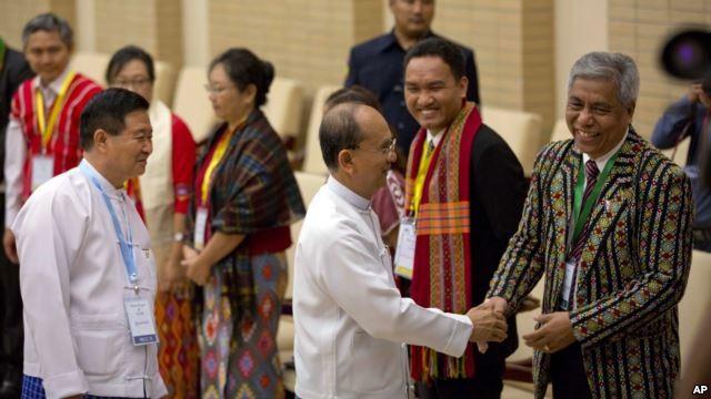 Compromis entre le gouvernement birman et les groupes armés sur le cessez-le-feu - ảnh 1