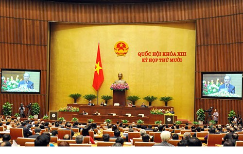 Les députés débattent de la situation socio-économique nationale - ảnh 1