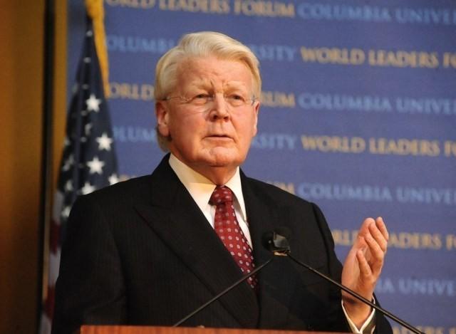 Le président islandais commence ses activités au Vietnam - ảnh 1