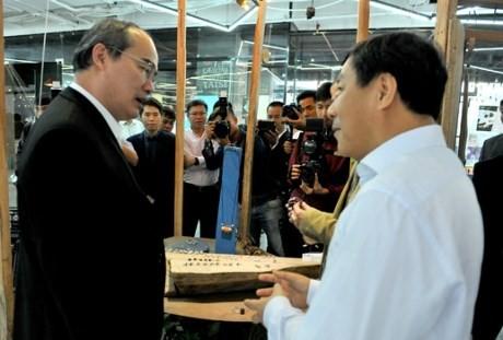 Nguyen Thien Nhan se rend à la Hanoï Créative City - ảnh 1