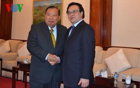 Déplacement de Hoang Binh Quan au Laos - ảnh 1